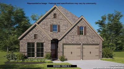 Seguin Single Family Home New: 2009 Glen Hollow