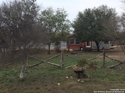 Hondo Single Family Home For Sale: 351 County Road 4510