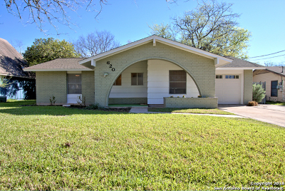 New Braunfels Single Family Home New: 620 Creek Dr