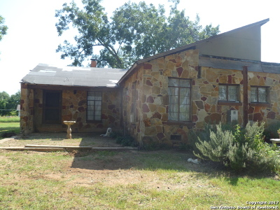 Bexar County Single Family Home For Sale: 14720 Ted Williams Rd