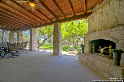 New Braunfels Single Family Home For Sale: 178 Natural Bridge