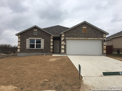 New Braunfels Single Family Home New: 330 Benelli
