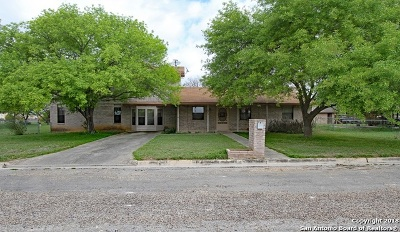 Hondo Single Family Home For Sale: 2206 21st St