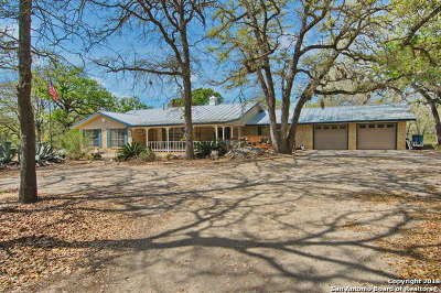 Floresville TX Single Family Home For Sale: $345,000