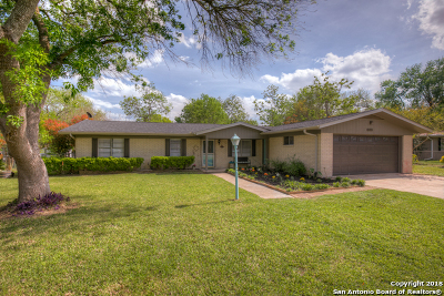 New Braunfels Single Family Home For Sale: 1505 Old Marion Rd