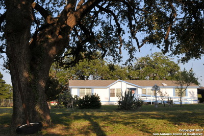 Pleasanton Single Family Home For Sale: 4298 Us Highway 281