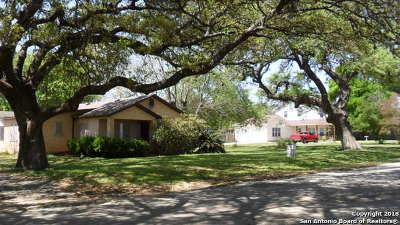 Atascosa County Single Family Home For Sale: 19523 S Benton St