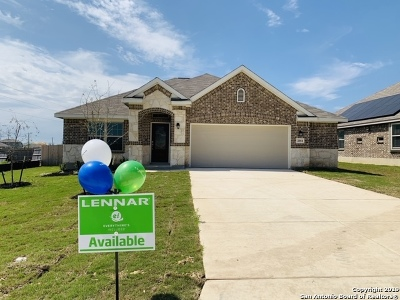 New Braunfels Single Family Home Back on Market: 2054 Carter Lane