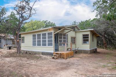 Lakehills TX Single Family Home For Sale: $79,999