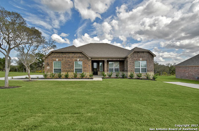 Castroville Single Family Home For Sale: 147 Jasmine Leaf