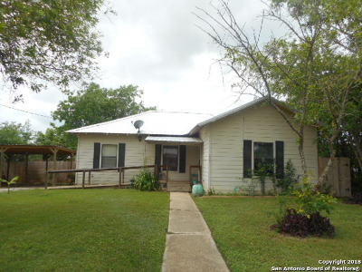 Atascosa County Single Family Home For Sale: 235 S Yule Ave