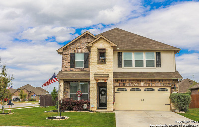 Schertz Single Family Home For Sale: 10220 Sparkle Pt
