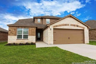 New Braunfels Single Family Home Back on Market: 239 Azalea Way