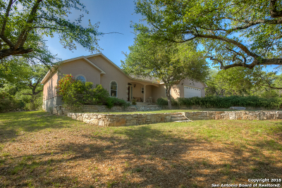 Canyon Lake Single Family Home For Sale: 260 Campbell Dr