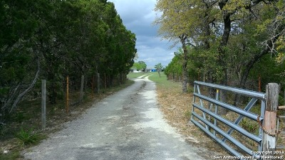 Boerne Farm & Ranch New: 735 Fm 289