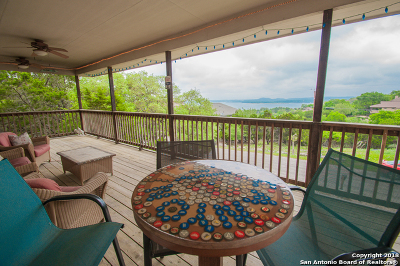 Canyon Lake Single Family Home For Sale: 1546 Patty Dr
