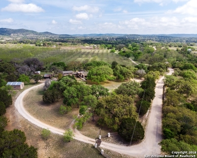 Bandera County Single Family Home For Sale: 972 Coalkiln Rd