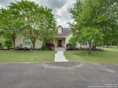 Boerne Single Family Home New: 689 Rosewood Ave