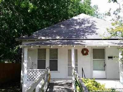 Karnes County Single Family Home For Sale: 412 S 4th St