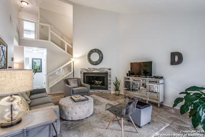 San Antonio Single Family Home New: 10 Courtside Circle