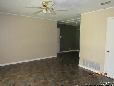 San Antonio Single Family Home New: 5502 Summer Gold Dr