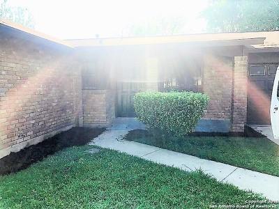 San Antonio Single Family Home New: 215 Eastover St