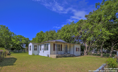 San Antonio Single Family Home New: 826 Barrett Pl