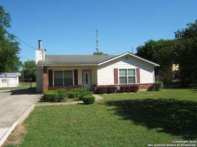 San Antonio Single Family Home New: 425 Utopia Ln