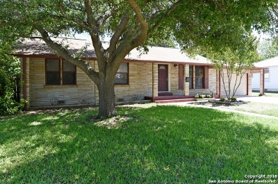 Guadalupe County Single Family Home New: 310 Winburn Ave