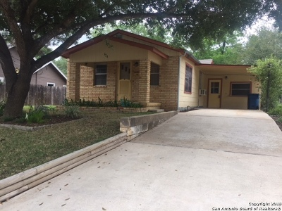 Atascosa County Single Family Home For Sale: 624 Bowen St