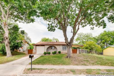 San Antonio Single Family Home New: 6101 Viva Max Dr