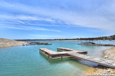 Lakehills TX Single Family Home For Sale: $369,000