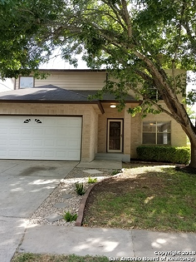 Schertz Single Family Home For Sale: 3713 Whitefield Sq