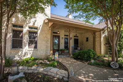 New Braunfels Single Family Home For Sale: 32 Laurel Trail