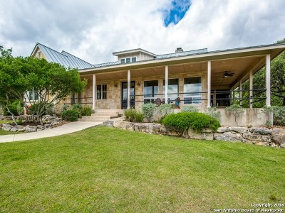 Boerne Single Family Home Active Option: 212 Park Ridge