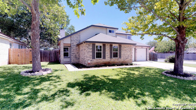 Guadalupe County Single Family Home For Sale: 2700 Cedar Ln