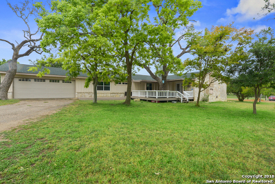 Bandera Single Family Home For Sale: 389 Knollwood Circle