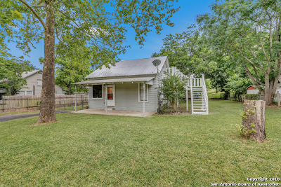 New Braunfels Single Family Home Price Change: 218 S Central Ave