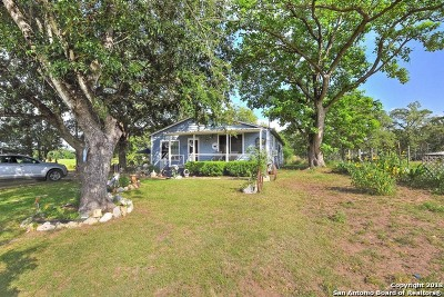 Guadalupe County Single Family Home For Sale: 15521 E Highway 90