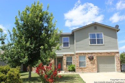 New Braunfels Single Family Home Back on Market: 639 Northern Lights Dr