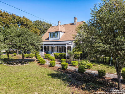 Boerne Single Family Home For Sale: 717 Main St