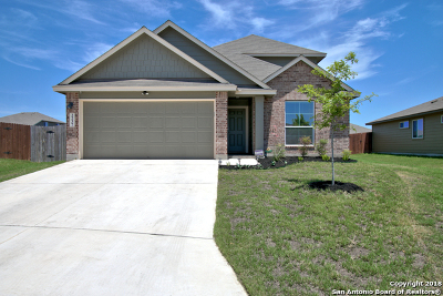 Guadalupe County Single Family Home For Sale: 2237 Kolibri Way
