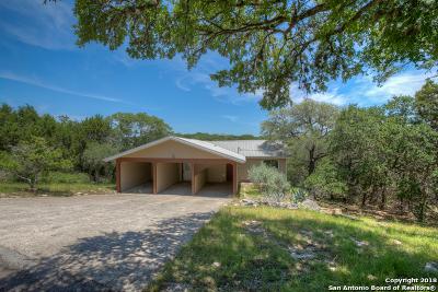 Canyon Lake Single Family Home For Sale: 675 Spanish Oak Esplanade