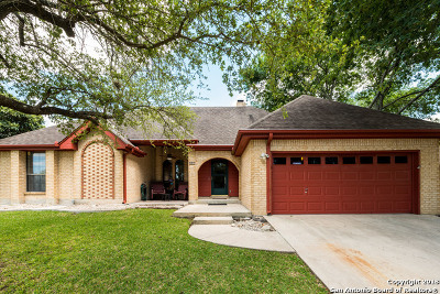 New Braunfels Single Family Home Back on Market: 807 Northstar Loop