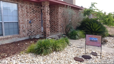 Single Family Home New: 633 Fern Meadow Dr