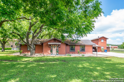 Canyon Lake Single Family Home Price Change: 455 River Cliff Dr