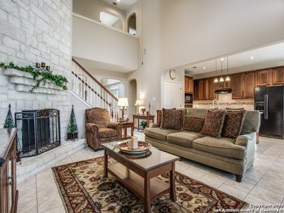 Single Family Home New: 814 Celestial View