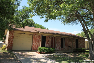 Schertz Single Family Home New: 405 Beverly Dr