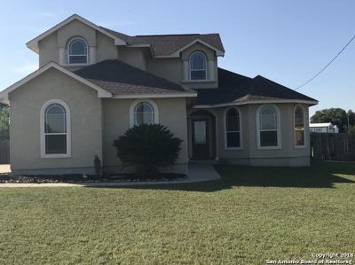 Atascosa County Single Family Home New: 14621 Richard Dr