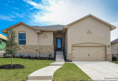 Boerne Single Family Home New: 104 Escalera Circle